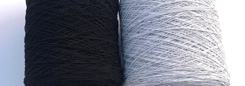 Gumki i sznurki na szpulach